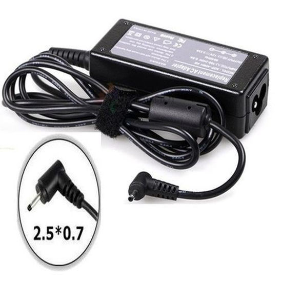 Picture of Samsung 12v 3.33a adapter